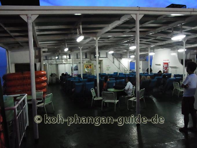 Autofähre von Donsak nach Koh Phangan.