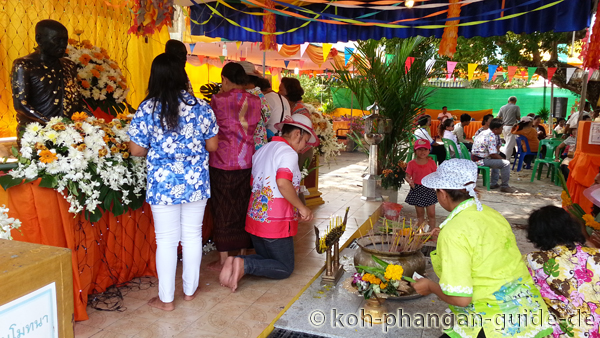 Traditionelle Songkran Rituale